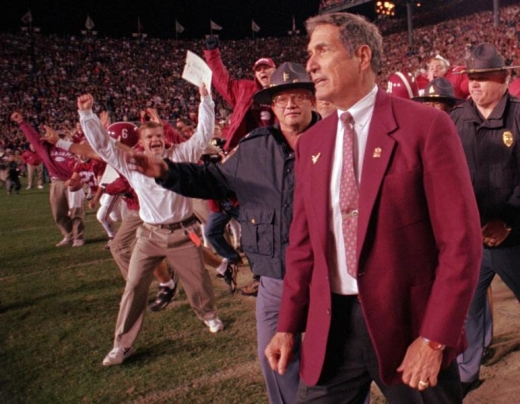Coach Gene Stallings coaching